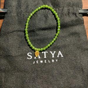 Satya green healing bracelet